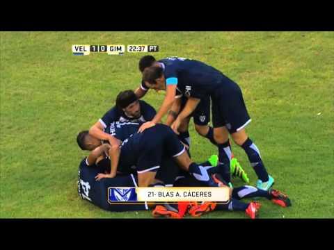 Vélez lo ganó en el final