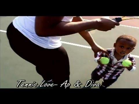 Dangerus Diva does her セレナ(セリーナ) ウィリアムズ impression on the テニス court Agape Love
