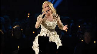 Download Lagu Carrie Underwood Shows Her Face At ACM Rehearsal Gratis STAFABAND