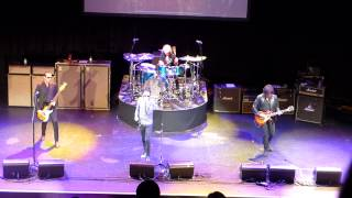 Stone Temple Pilots & Chester Bennington - Out Of Time - New Song - Club Nokia - 5/30/13