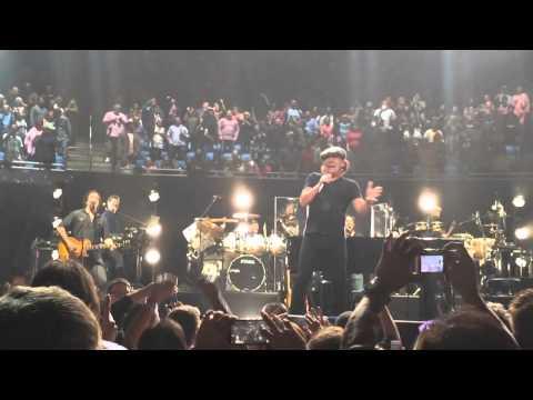 AC/DC crashes Billy Joel show in Orlando