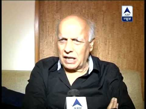 Mahesh Bhatt says Shah Rukh is brave and secular