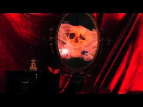 Macbeth - Hall Of The Scarlets