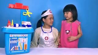 Đồ chơi trẻ em - Bác sĩ khám bệnh