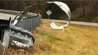 TRUCK ACCIDENT near miss | (not clickbait) Stupid Truck Driver