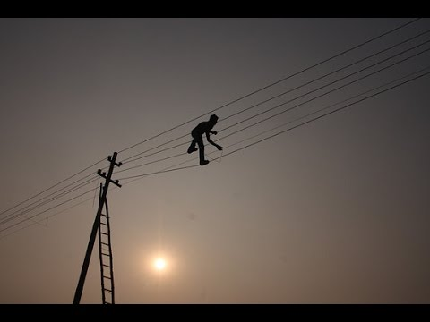 Bangladesh electricity blackouts after power line fails