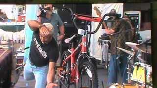 Watch Aaron Tippin Working Man