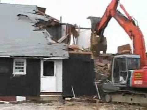House Demolition in Two Minutes