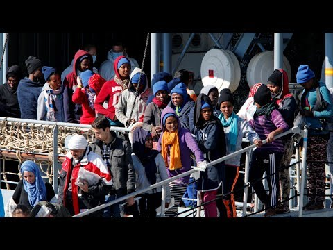 No magic solution': Italy pushes plans to resettle migrants all over country