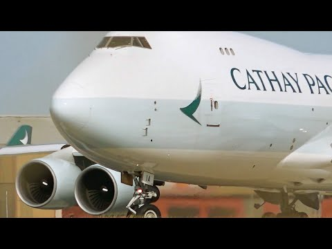 NEW LIVERY - Cathay Pacific Cargo Boeing 747-400ERF - Takeoff from Melbourne Airport [B-LIA]