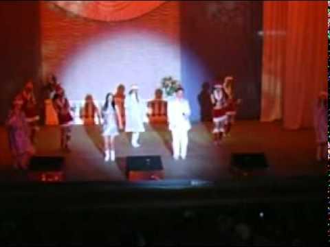 Русские новогодние карнавальные танцы и песни