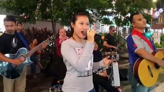 download lagu Bidadari-nurul Feat Redeem Buskers Cover Lela,mantap  Dan Sedap gratis