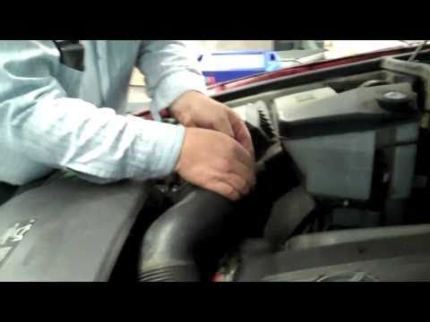 BMW X5 (E53) Air Pump Replacement (Part 1)