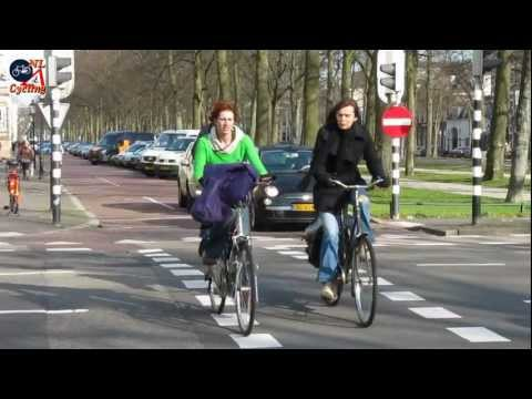 What defines Dutch cycling?