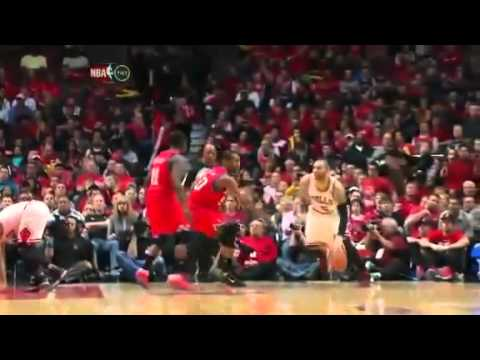 Derrick Rose Injury  Torn ACL   MCL in Left Knee    Philadelphia 76ers   Chicago Bulls   YouTube