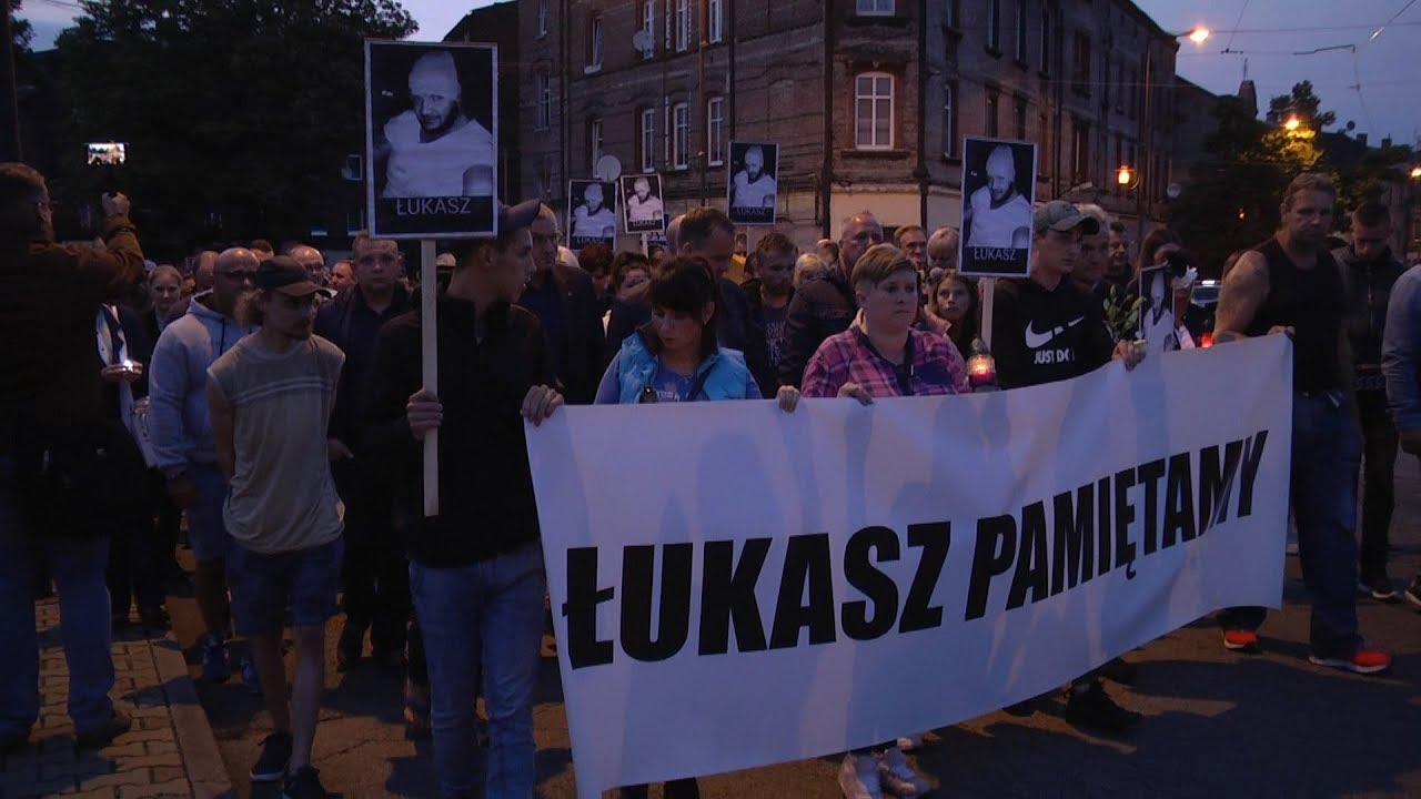Ulicami Chropaczowa przeszedł marsz pamięci