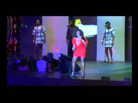 Omawumi Performance At The Headies video