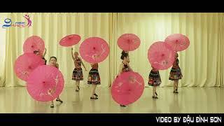 Trung Tâm Nghệ Thuật Nice Dance  - Múa : Xuân về trên bản mông Lớp Dân Gian Khóa 7 a