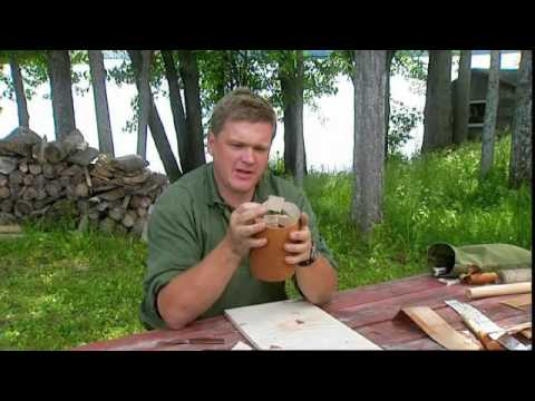 Ray Mears - How to make a container from birch bark, Bushcraft Survival