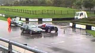 Aston martin V8 vantage & DB7 noise off the start line