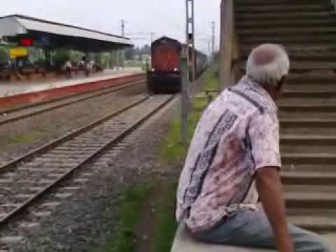Super Fast Express Train Coming In Platform video
