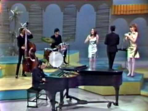 Thumbnail of video Sergio Mendes & Brasil 66.... Mas que nada (introduced by Eartha Kitt / Something Special 1967)