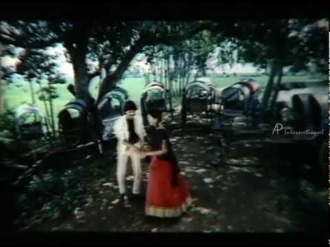 Pen Puthi Mun Puthi- Koluse Koluse Song video