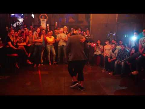 danza kizomba medellin  impro exhibicion (JHAIR Y YERALDIN) #1
