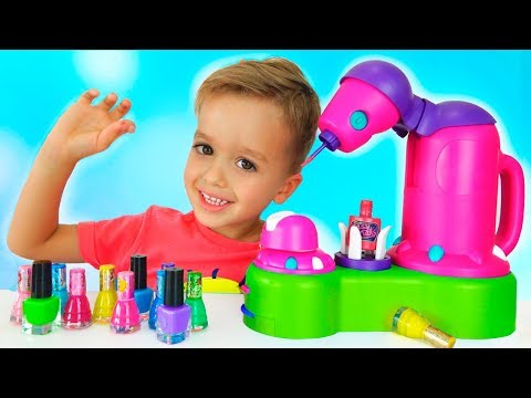 Vlad and Nikita pretend play makeup toys
