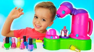 Vlad and Nikita pretend play makeup toys