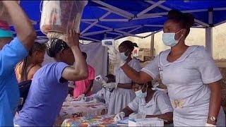 El ébola continúa expandiéndose sin control por África