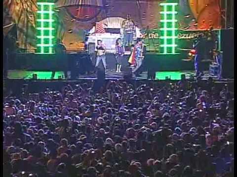 RKM and Ken-Y - Te Regalo Amores - En Vivo @ Barquisimeto, Venezuela [Live]