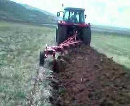 traktor Aliusagi mf 6470 altili pulluk