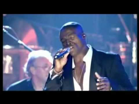 Seal - Kiss from a rose LIVE 2004