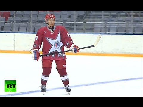 Putin on Ice: President plays hockey in Sochi month before Olympics