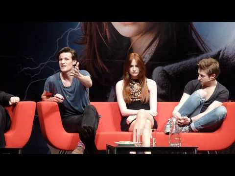 Matt Smith, Karen Gillan, Arthur Darvil and Stephen Moffat on stage Part 3