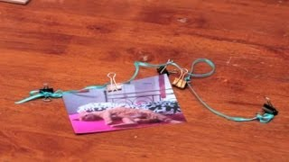 How To Hang Postcards With Binder Clips : DIY Crafts