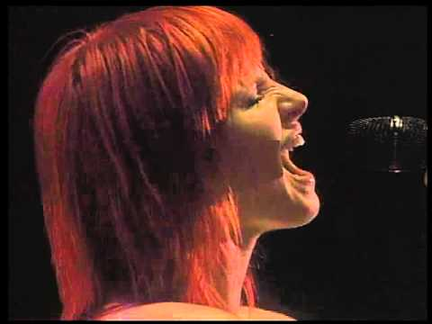 Paramore  Careful  2010  Live  Gilford video
