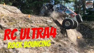 RC Ultra4 Truck Rock bouncing - Gmade GOM GR-01 Rock Buggy