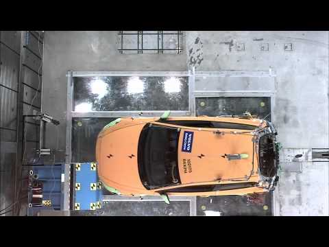 CRASH TEST de la Volvo C30 Electrique 2012