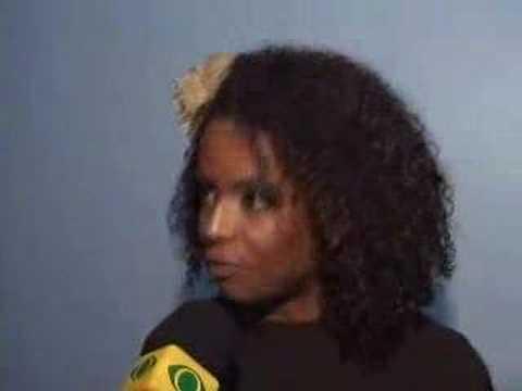 VIVIANE ARAUJO TROCA-TROCA DE CASAIS - Atualíssima