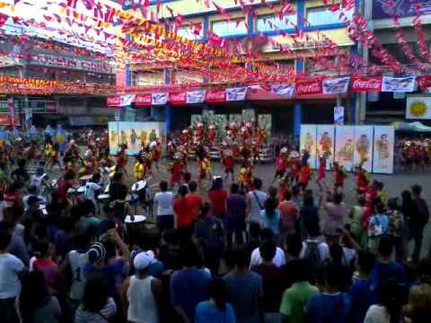 "Magallanes elementary school ""blocking"" KADAYAWAN FESTIVAL 2013"