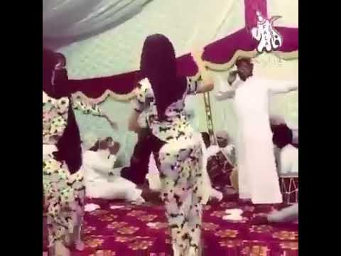 شاهدوا لحظة #مباشر رقص سعوديات #وناسة حفلة  تموت على #شيلات2018  يفوتك مشاهدة thumbnail