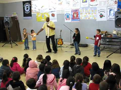 Day-O (Jamaica Bob, Calypso for Kids school assembly show)