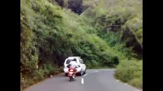 Ooty - Satz Rahmaniac :) Driving & Shooting tis Video :P