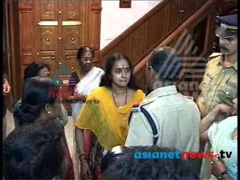 Shalu Menon Arrested In Solar Scam Case: Exclusive Footage - Asianet News ശാലു മേനോന്‍ video