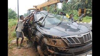 Mahindra XUV 500 Crashed at high Speed while cornering | Jonai Assam|
