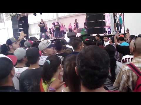 ATACAN A LA HERMANA DE ADAN ZAPATA Pelea en expo hip hop