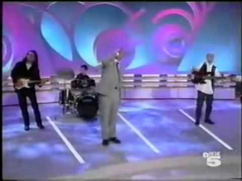 Eros Ramazzotti - Carta Al Futuro