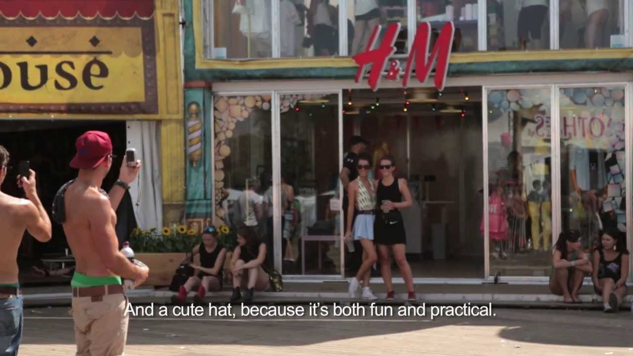H&M Loves Music Pop Up Store - DreamVille 2013 - YouTube